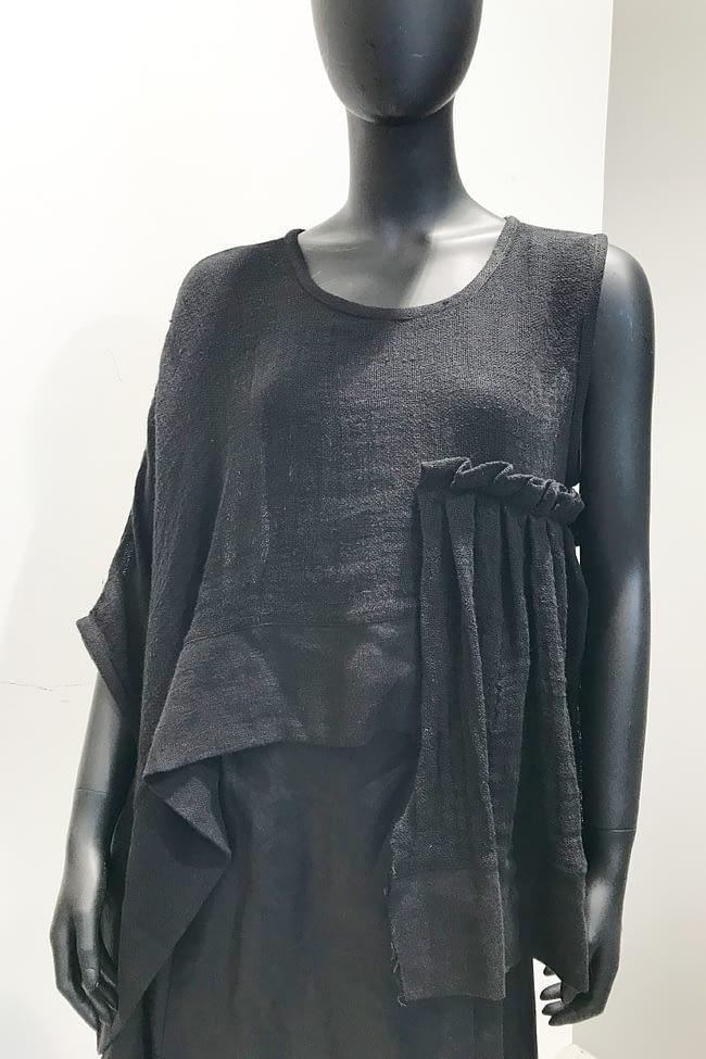 IVAN GRUNDAHL avantgarde asymmetrical top