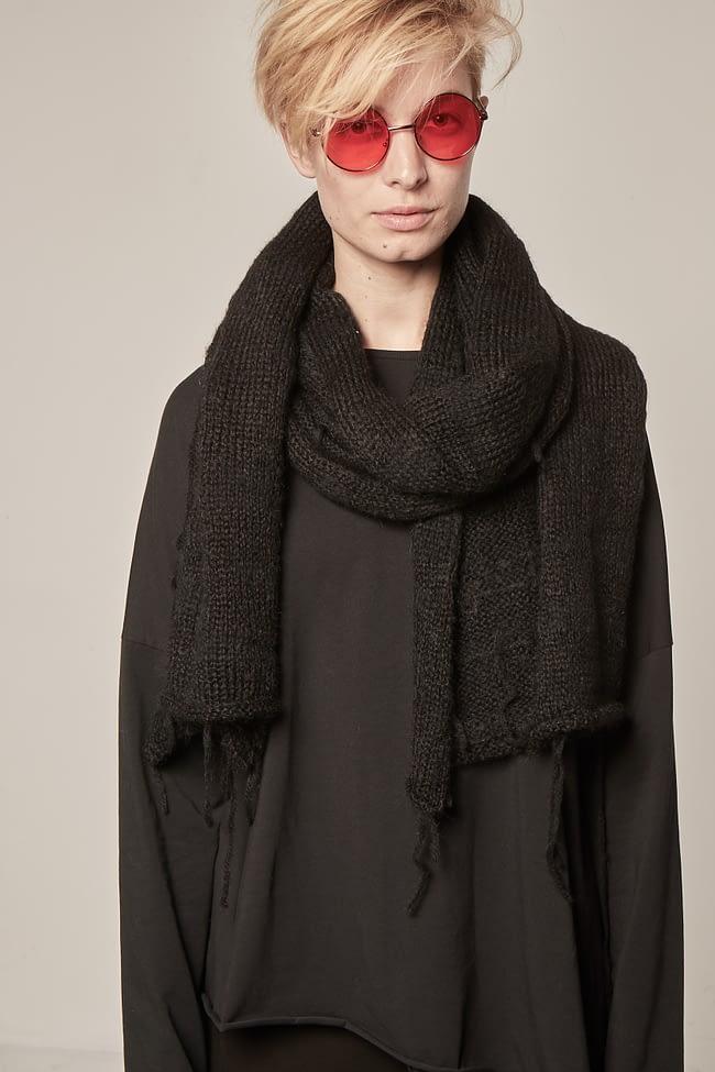 Ivan Grundahl avantgarde scarf