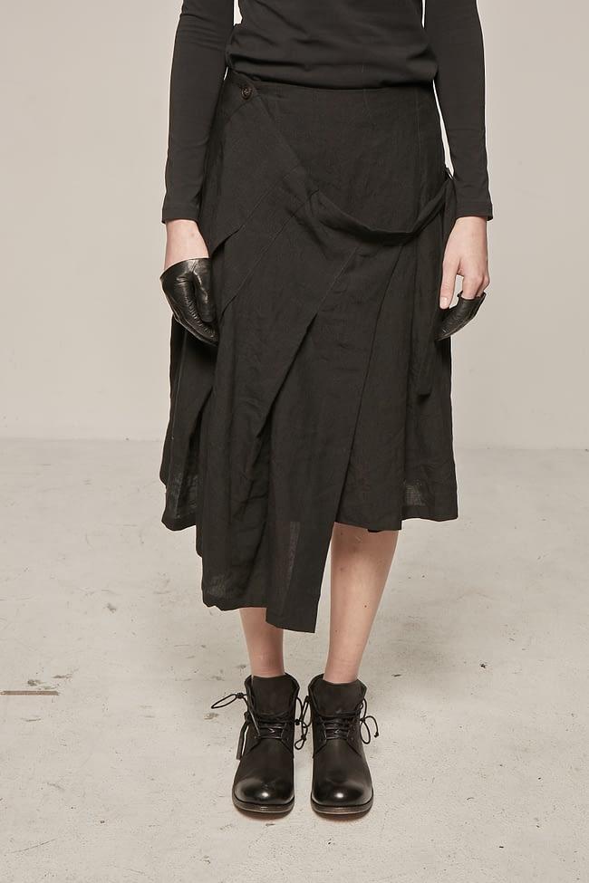 Ivan Grundahl avantgarde pleated linen skirt